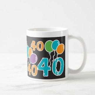 40.o cumpleaños colorido - 40 años de Bday viejo Taza Clásica