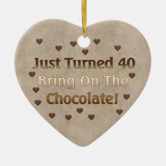 40.o El cumpleaños significa el chocolate Ornamento Para Arbol De Navidad