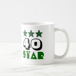40.o Estrella del cumpleaños o CUALQUIE VERDE del Taza Clásica