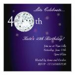 40.o Invitación púrpura del fiesta de la bola de