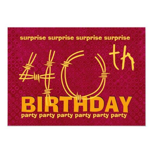 """40.o Rojo y oro C345 de la fiesta de cumpleaños de Invitación 5"""" X 7"""""""