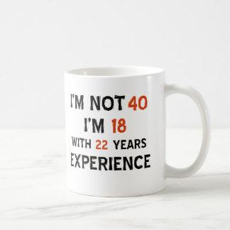 40.os diseños del cumpleaños taza básica blanca