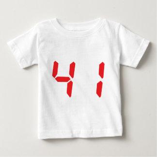 41 cuarenta y uno números digitales del playera para bebé