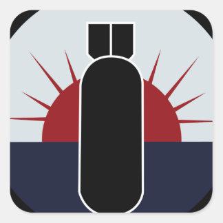 424o Remiendo de la escuadrilla de la bomba Pegatina Cuadrada