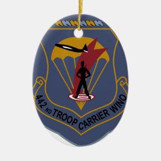 442o Ala del portador de tropa Adorno Navideño Ovalado De Cerámica