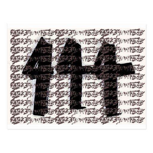 ¡444 por todas partes! postales