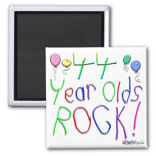 ¡44 años de la roca! imán de nevera