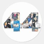 44: Collage del periódico de la inauguración de Pegatina Redonda