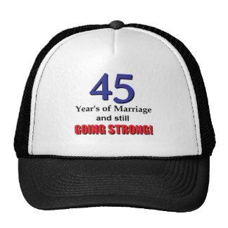 45.o Aniversario Gorros Bordados