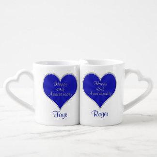 45.o Ideas del regalo del aniversario con NOMBRES Tazas Para Enamorados