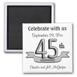 45.o Reserva del aniversario los favores de fiesta Imán Cuadrado