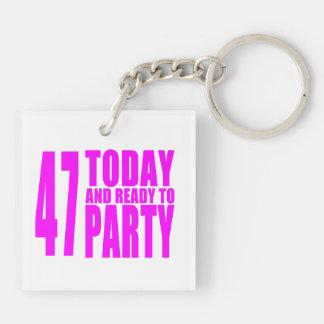 47.os cumpleaños de los chicas: 47 hoy y aliste llavero cuadrado acrílico a doble cara