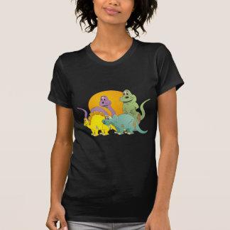 4 amigos del dinosaurio camiseta
