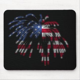 4 de julio fuegos artificiales y la bandera americ tapete de raton