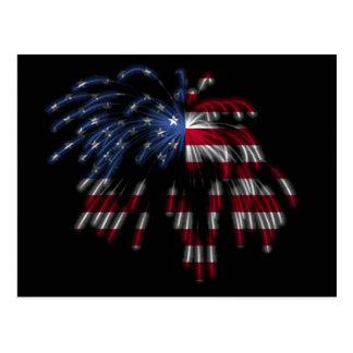 4 de julio fuegos artificiales y la bandera postal