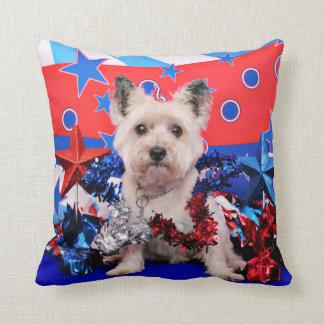 4 de julio - mojón Terrier - Roxy Cojin