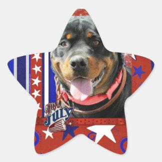 4 de julio petardo - Rottweiler - SambaParTi Pegatina En Forma De Estrella
