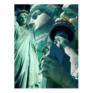 4 de julio señora Liberty Postcards de la celebrac Postales
