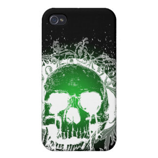 4 Gothic Skull  iPhone 4/4S Covers