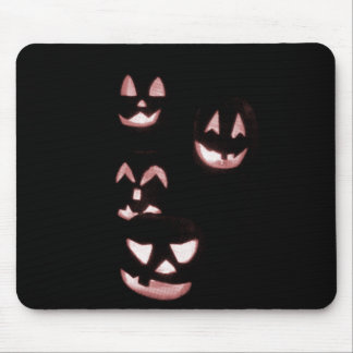 4 Jack-O-Linternas del Lit - rojo Mousepads