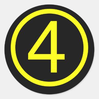 4 - número cuatro pegatina redonda