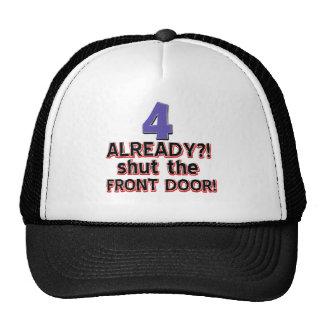 ¿4 ya? Cierre la puerta principal Gorros Bordados