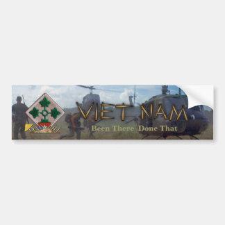 4ta guerra del nam de Vietnam de la división de in Pegatina De Parachoque
