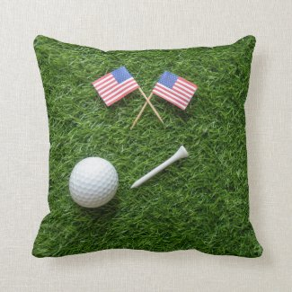 4th July with golf ball and flag of America Throw Pillow