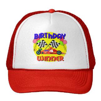 4to Cumpleaños del coche de carreras del cumpleaño Gorros