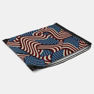 4to De banderas americanas blancas de julio y Mochila