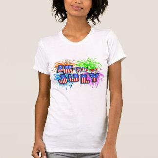 4to De la camiseta de los fuegos artificiales de