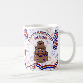 4to de la celebración de julio taza básica blanca