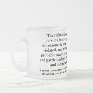 4to Enmienda de la constitución de Estados Unidos Taza Cristal Mate