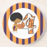 4to Jugador de básquet púrpura y anaranjado v2 del Posavasos Cerveza