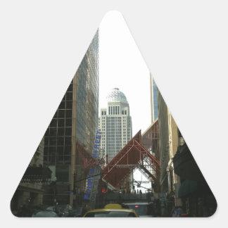 4to lugar de la calle de Louisivlle Pegatina Triangular