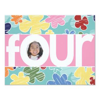 """4to rosa de la fiesta de cumpleaños de las flores invitación 4.25"""" x 5.5"""""""