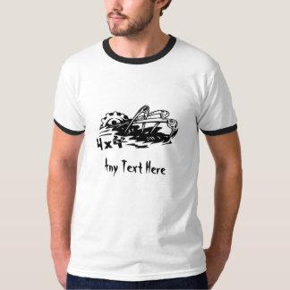 4X4 de la camiseta del motor del camino