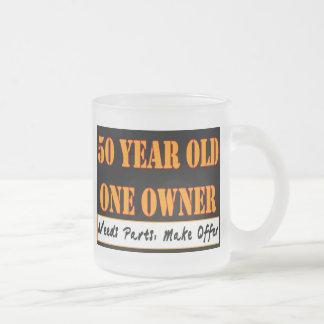 50 años, un dueño - las piezas de las necesidades, tazas de café