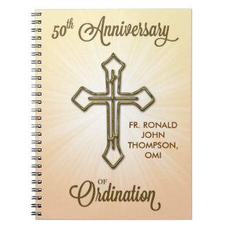 50.o Aniversario de la ordenación, cruz del oro en Libro De Apuntes