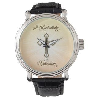 50.o Aniversario de la ordenación, cruz del oro en Relojes De Pulsera