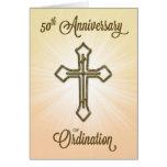 50.o Aniversario de la ordenación, cruz del oro Tarjeta De Felicitación
