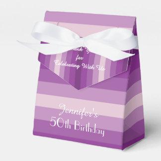 50.o Caja del favor del cumpleaños, rayas púrpuras Cajas Para Detalles De Boda