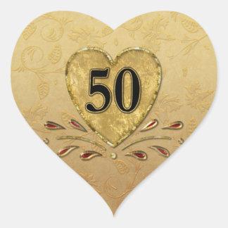 50.o Corazón de oro del aniversario Pegatina En Forma De Corazón