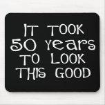 ¡50.o cumpleaños, 50 años para mirar esto bueno! alfombrilla de raton