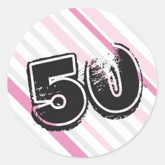 50.o Pegatinas del cumpleaños - rosa de 50 años Pegatina Redonda