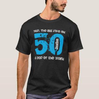 50.o regalo de cumpleaños divertido encima del playera