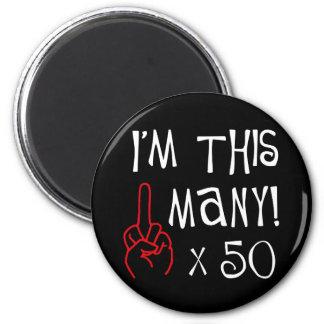 50 o saludo del dedo medio del cumpleaños imán de frigorifico
