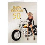 50.o Tarjeta de cumpleaños con un chica de la moto