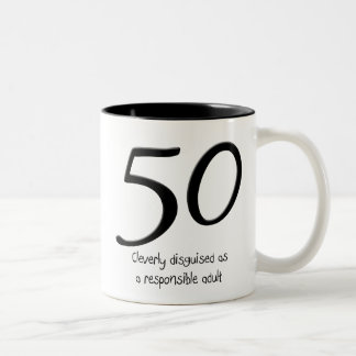 50.o Taza del disfraz del cumpleaños
