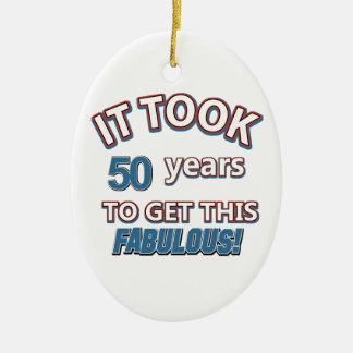 50.os diseños del cumpleaños del año adorno navideño ovalado de cerámica